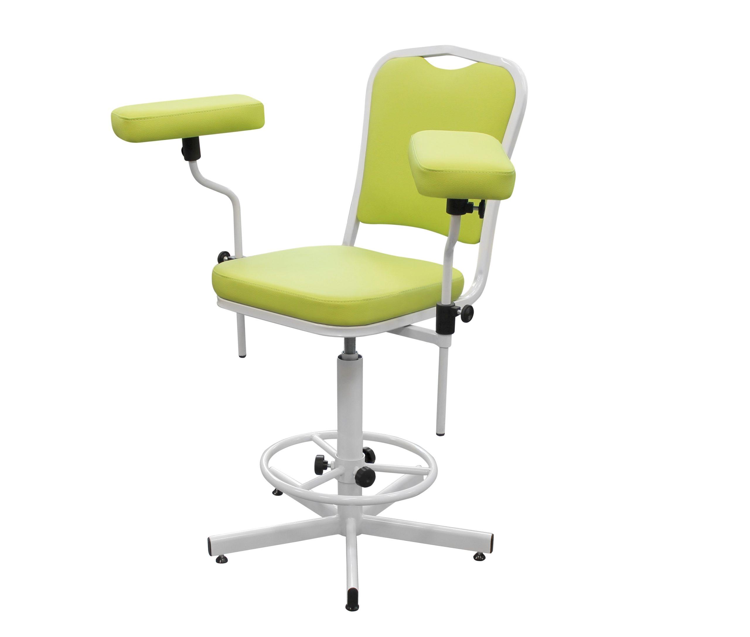 Кресло с подлокотником для забора венозной крови и внутривенных инъекций